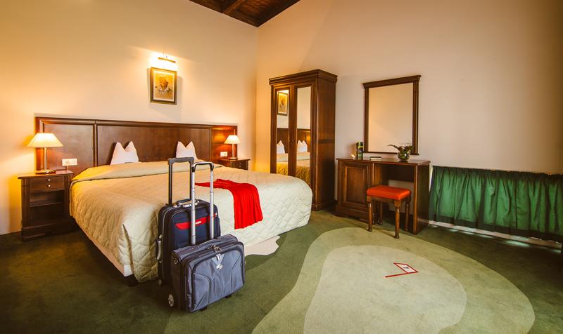 Apartament, Golf Hotel Pianu