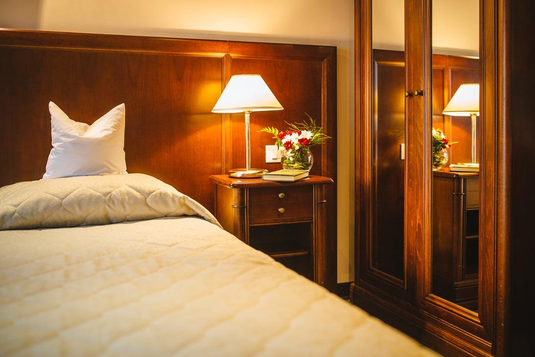 Hotel-Alba-Camera-Dubla-Detaliu